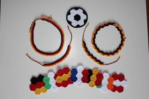 "Häkelanleitung Fan-Set ""All in one"" Fußball EM/WM bei Makerist"