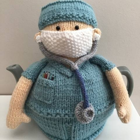 Doctor tea cosy to fit a 6 cup teapot. Mary the doctor