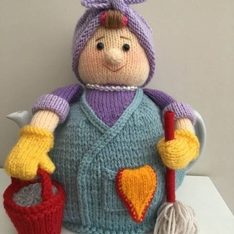 Mrs Mop tea cosy to fit a 6 cup teapot