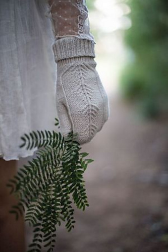 Treehouse Mitts - Knitting