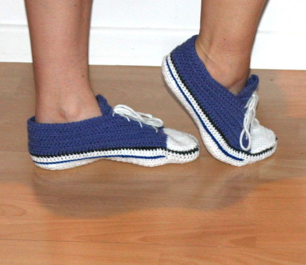 low cut sneakers for grown ups (UK Sizes 3,5 - 12, US sizes 4 - 12) bei Makerist - Bild 1