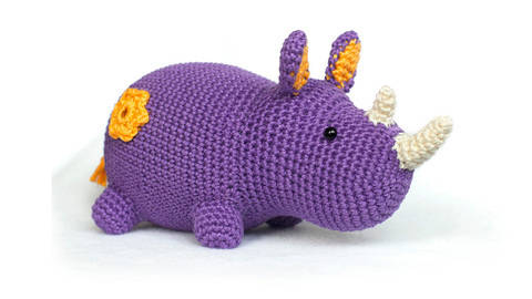 Rhino amigurumi crochet pattern at Makerist