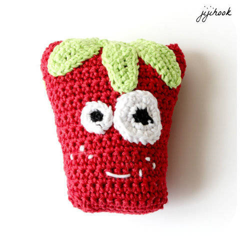 Strawberry - Crochet at Makerist