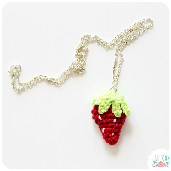 Mini Strawberry - Crochet