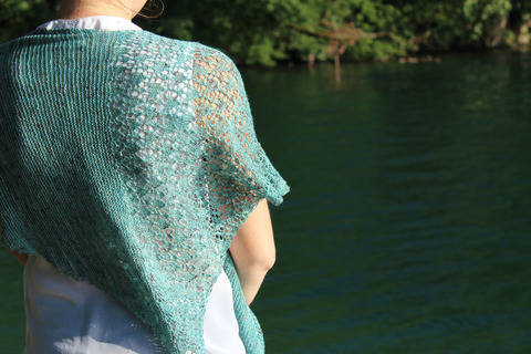 Shawl Lemna - knitting