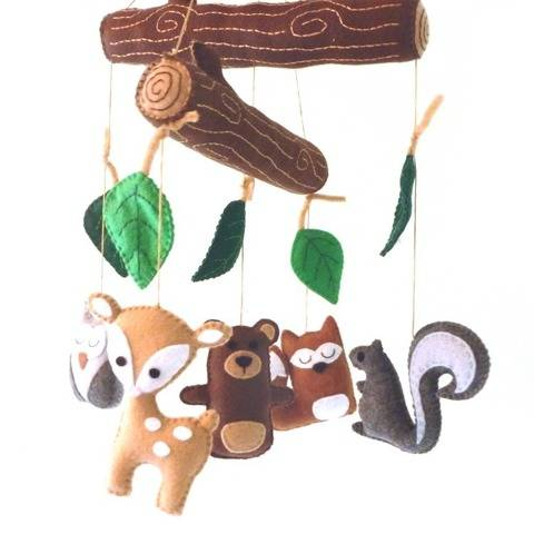 Woodland Nursery Mobile Hand Sewing Pattern at Makerist