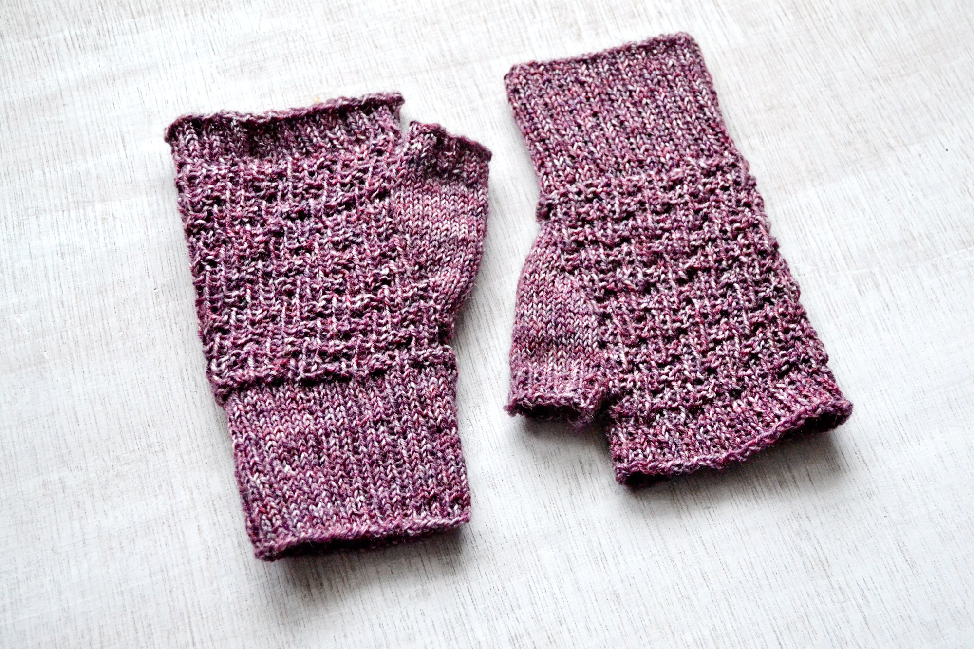 PINA fingerless mitts