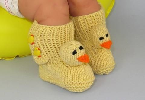 FREE Baby Chick Booties (Bootees) - Knitting at Makerist
