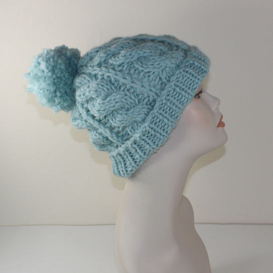 Super Chunky Cable Bobble Beanie Hat at Makerist - Image 1