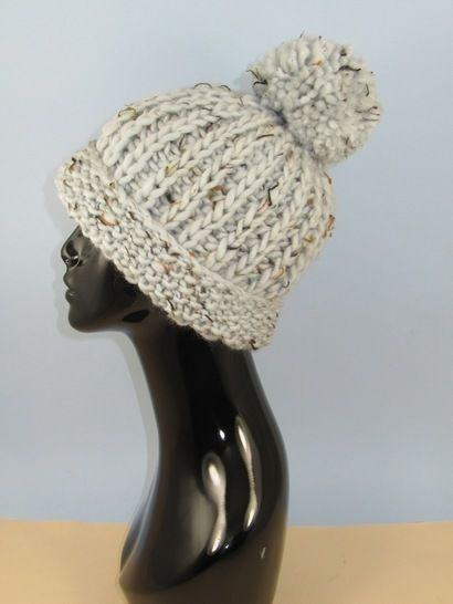 Super Chunky Moss Stitch Cuff Fishermans Rib Bobble Beanie at Makerist - Image 1