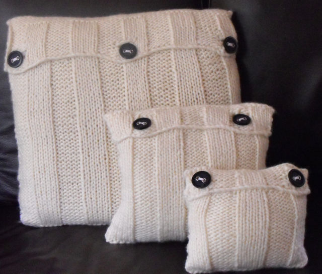 Superfast Vertical Stripes Cushion Cover Set at Makerist - Image 1