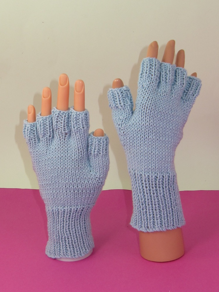 Simple Short Finger Gloves
