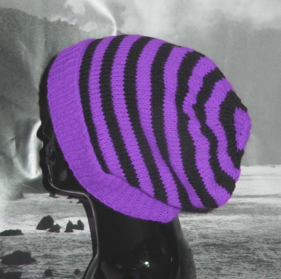 Simple Stripe Slouch Hat at Makerist - Image 1