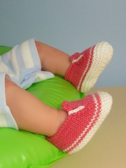 Baby Simple Slip on Deck Shoes at Makerist - Image 1