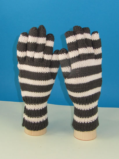 Easy Stripe Gloves at Makerist - Image 1