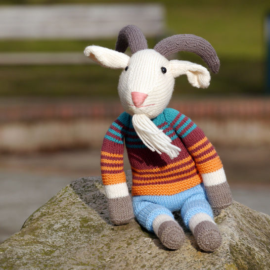 ERICH THE GOAT soft toy knitting pattern at Makerist - Image 1