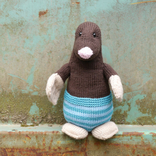 MAX THE MOLE soft toy knitting pattern at Makerist - Image 1