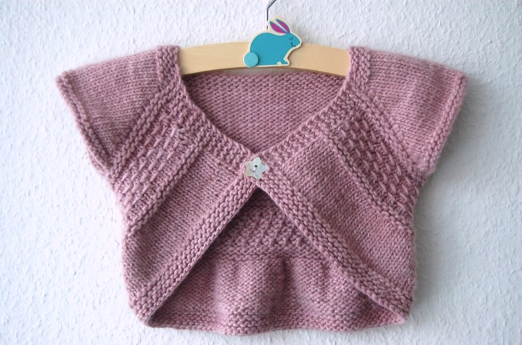 Entrechat shrug for baby and girls - knitting pattern