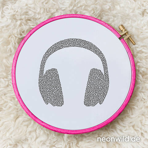 Stickdatei EEE - Headphones 16x26