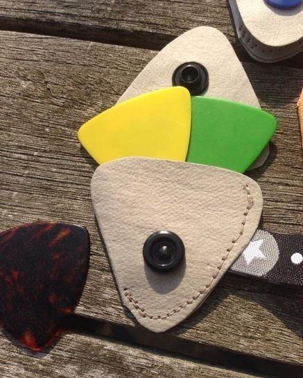 Plektrontäschchen für Gitarre und Bass oder Minitäschchen- Nähanleitung und Schnittmuster bei Makerist - Bild 1