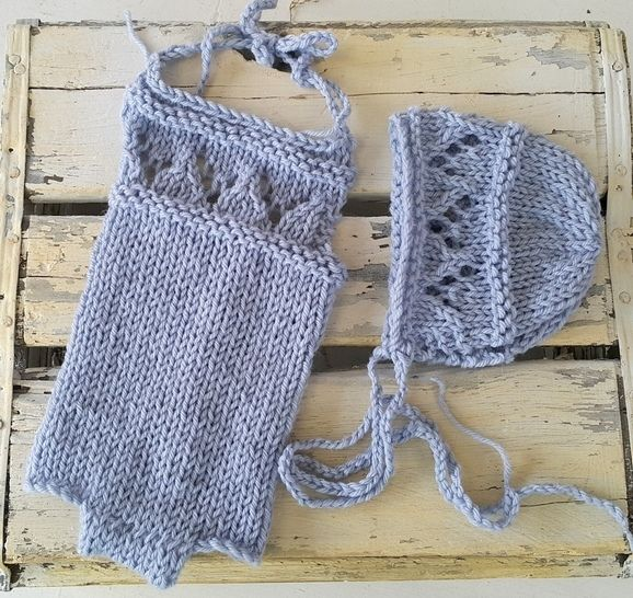 Lacy Baby Romper and Baby Bonnet at Makerist - Image 1