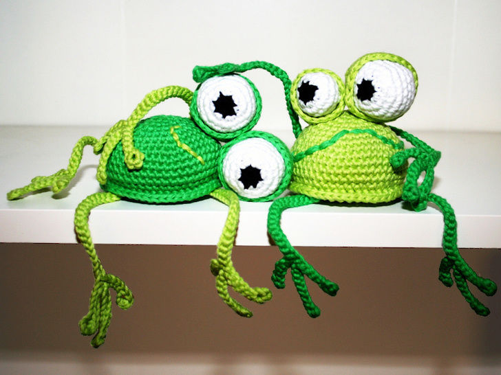 Frog - Shelf Sitter - Crochet Pattern at Makerist - Image 1