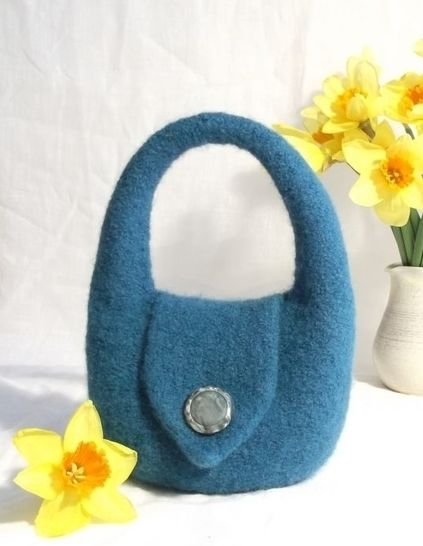 Charlotte Handbag- Knitting Pattern at Makerist - Image 1