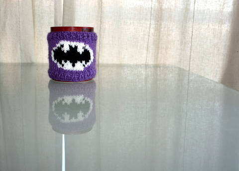 Batman Mug Cozy Knitting Pattern