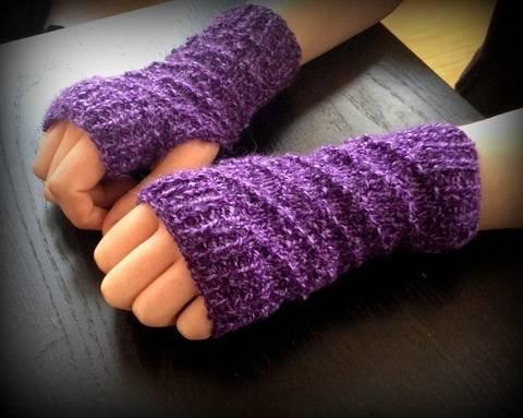 Diamond Fingerless Gloves