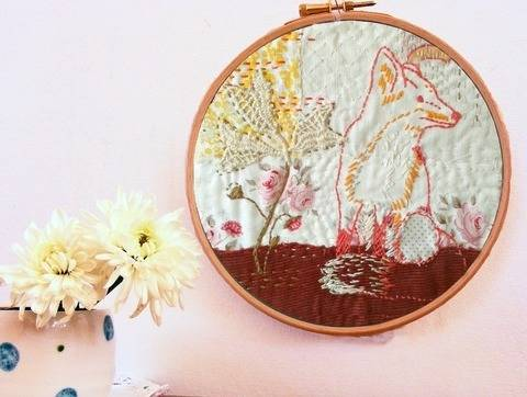 Fox and foxgloves woodland embroidery pattern at Makerist