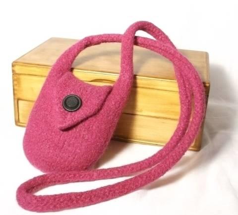 Laila Felt Bag Knitting Pattern at Makerist