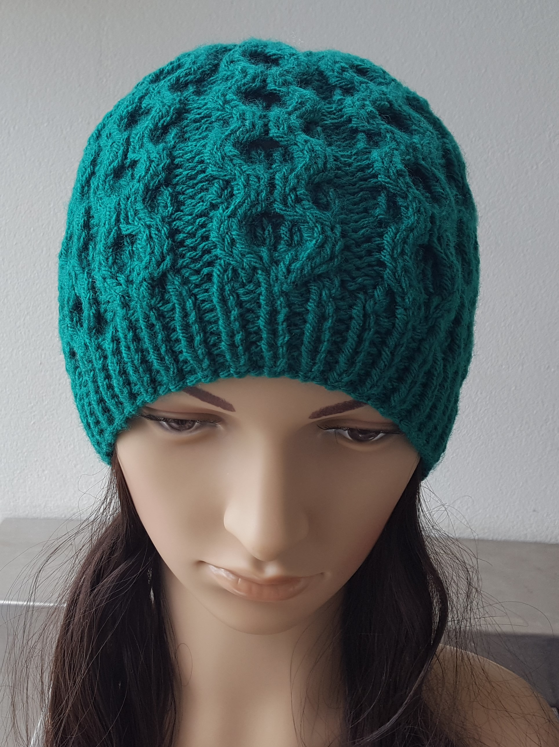 12ply round cable beanie, sizes 2 years to lady - Avery