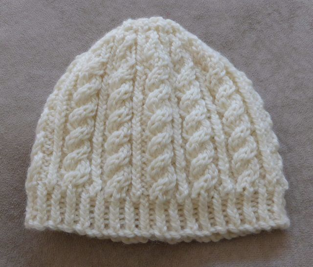 Baby's cable and rib beanie in 8ply - knitting pattern - Sammy at Makerist - Image 1