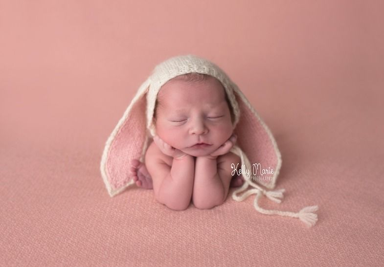Baby Bunny Bonnet Photography Prop - Knitting Pattern at Makerist - Image 1