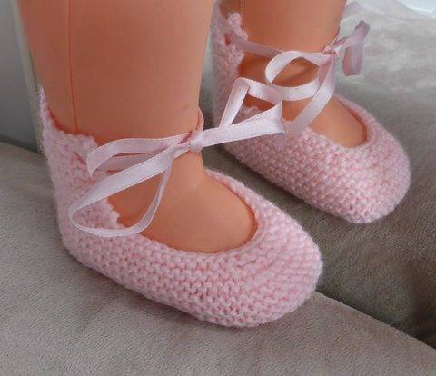 Baby shoes with an i-cord or ribbon ankle tie - Ella