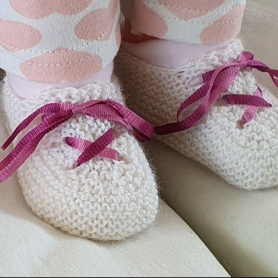 3ply baby shoes with ribbon tie - Laura at Makerist - Image 1
