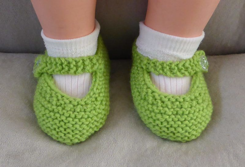 8ply Mary Jane baby shoes - knitting pattern - Julia at Makerist - Image 1