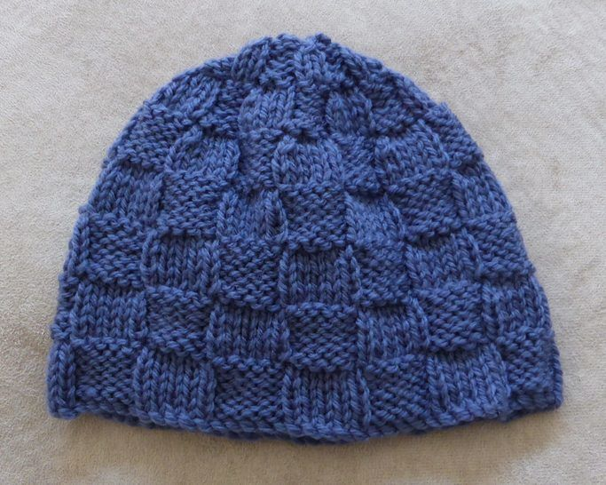 Baby's 8ply block stitch Beanie - knitting pattern - Corey at Makerist - Image 1