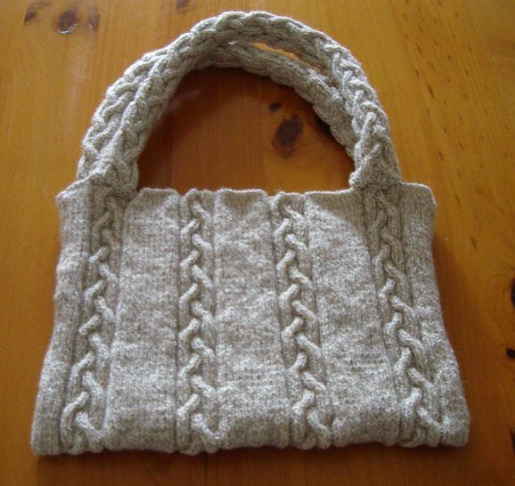 8ply plaited cable bag - knitting pattern - Bridget at Makerist - Image 1