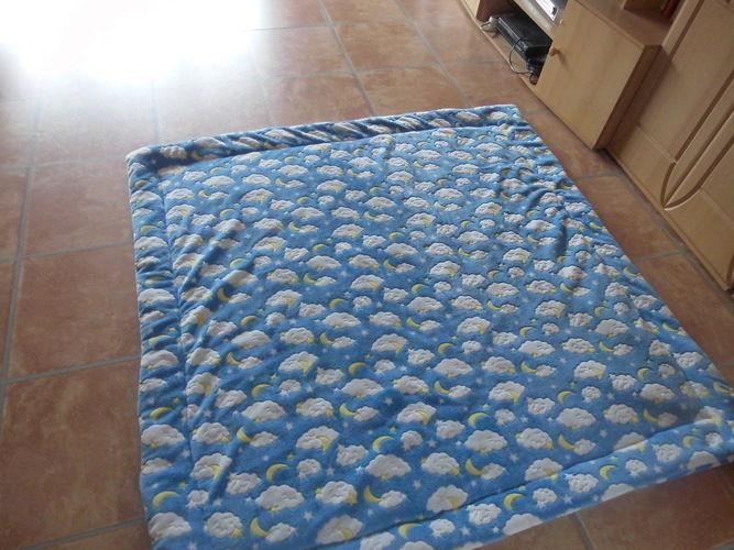 Makerist - Kuschel-Fleece-Krabbel-Decke aus Kuschelfleece und Volumenvlies - Nähprojekte - 2