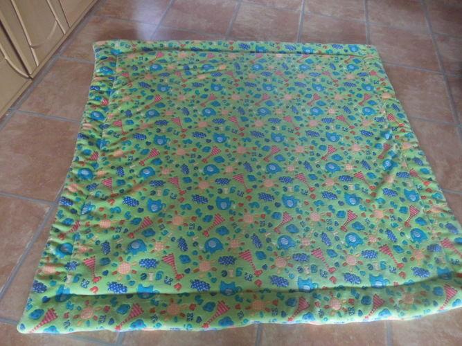 Makerist - Kuschel-Fleece-Krabbel-Decke aus Kuschelfleece und Volumenvlies - Nähprojekte - 3
