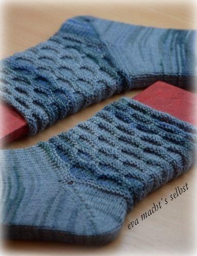 Makerist - Socken im Morgentau - Strickprojekte - 1