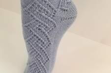 Makerist - Socke in hellblau mit Lochmuster, Gr. 38/39 - 1