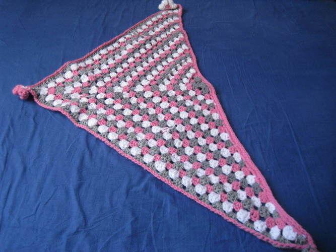 Makerist - ensemble bonnet et  châle pour fillette - Créations de crochet - 2
