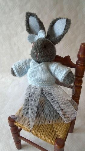 Makerist - Ce rêve bleu : petite lapine danseuse - Créations de tricot - 1