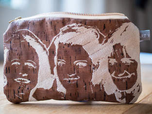 Makerist - Design Award Kork: Bestickte Kork-Kosmetiktasche - 1