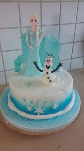 Makerist - Frozen Elsa - Torten, Cake Pops und Cupcakes - 1