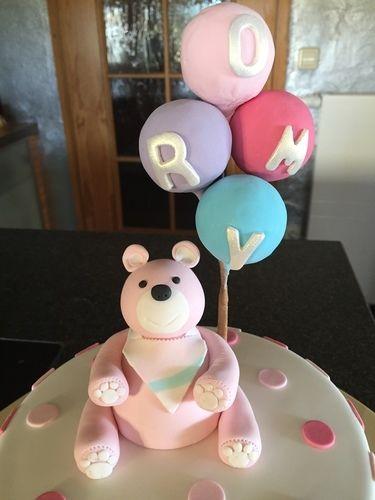 Makerist - Tauftorte für Romy - Torten, Cake Pops und Cupcakes - 3