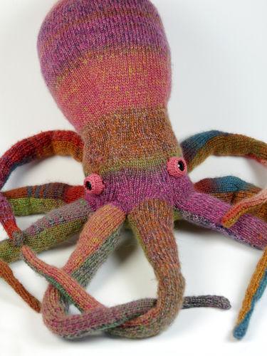 Makerist - Lovely Octopus - Knitting Showcase - 1