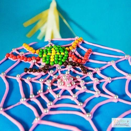 Makerist - Spider Girl Torte - Torten, Cake Pops und Cupcakes - 2